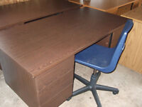 Brown desk only $30.00