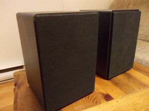 speakers bookshelf RFT acoustics 100 watts  4 ohms
