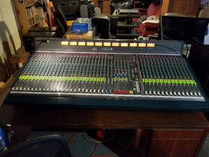 Soundcraft K3 Theatre 40ch Professional Analog Console