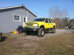 2002 lifted ford f150 xlt 4x4