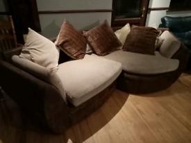 luxury Large corner sofa & matching 2 seater Pet & smoke free home