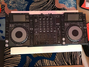 Pionner CDJ2000 Nexus-DJM900 Nexus-Gator Cases - Includes all