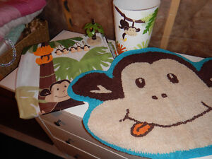 Bath Set for kids.-Complete.  Monkey theme.