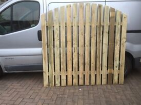 Strong fence panels