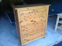 Commode  en pin IKEA 6 tiroirs Large Dresser with 6 drawers