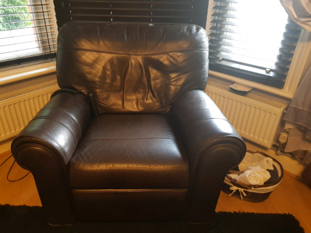 Awe Inspiring Brown Leather Remote Control Electric Reclining Armchair In Ipswich Suffolk Gumtree Evergreenethics Interior Chair Design Evergreenethicsorg