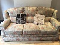 Sofas 3 seaters an 2 seaters