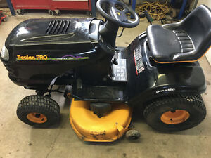 Poulan Pro Riding Lawn Mower, Garden Tractor, Tractor, Like NEW!
