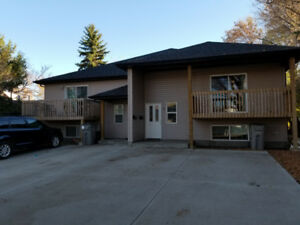3 Bedroom 1.5 Bath 4Plex Unit For Rent (AVAILABLE IMMEDIATELY!)