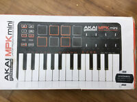 Akai mini laptop production keyboard