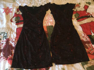 2 robes du château taille xsmall et small