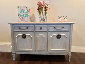 Gorgeous vintage buffet or sideboard