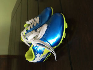 Boys outdoor Soccer cleats