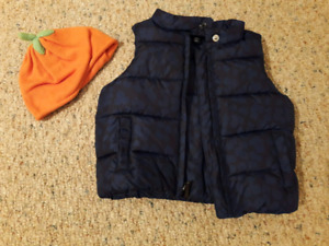 7 pieces: Toddler Girl Winter Vest, Jackets & Hats 12-24mths