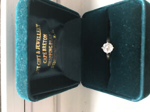 Stunning Engagement Ring Appraised at $10,300