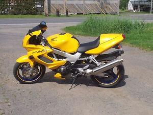 Honda vtr superhawk 1000