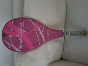 WILSON HOPE TENNIS RACQUET + 9 BALLS- Never used.