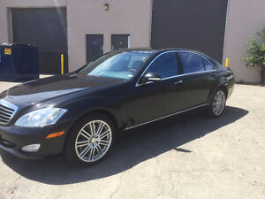 2009 Mercedes-Benz S550 4MATIC Luxury Sedan