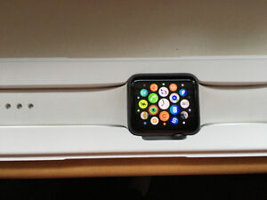 Apple Watch 42mm with 7 Bands - Amazing condition