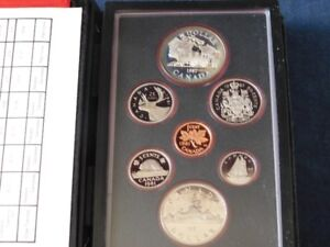 8-300 - 1982 CANADA PROOF DOUBLE DOLLAR 7 COIN SET.