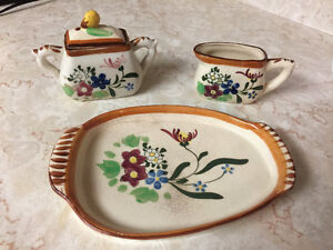 Vintage cream and sugar with tray