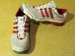 Women's Adidas Pink 3-D Light Weight Running Shoes Size 10 London Ontario image 9