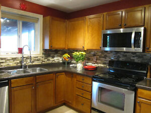 SOUTH WINDSOR 5 BED 3 FULL BATH HOUSE - WALKERGATES AREA