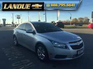 2012 Chevrolet Cruze LT Turbo   UNBELIEVABLE YEAR END CLEARANCE  Windsor Region Ontario image 9