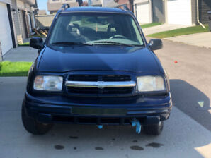 car for sale chevrolet tracker 4 whell drive 5875680449 text