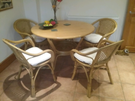 CANE TABLE WITH 4 CHAIRS