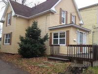 3 BEDROOM HOUSE PLUS A DEN!!! MUST SEE-- ONLY $850!!!1