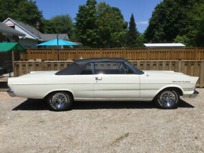 1965 Ford Galaxie convertible in excellent condition