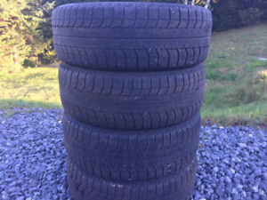 Four 185/60R15 Winter Tires