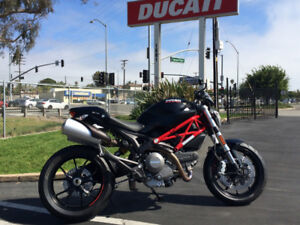 Ducati Monster 796 2012 like new low KM Must SEE!!!