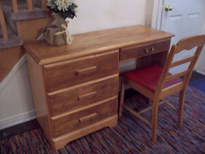 Rustic Large Oak Desk and Chair for sale I DELIVER