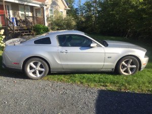 2010 FORD MUSTANG GT. 78K, AUTOMATIC. RUST CHECKED.