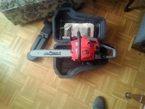 "PRO CONCEPT GAS CHAINSAW - 16"" BLADE. 38cc GAS ENGINE"