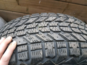 Tire 205-60r15