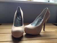 Ladies high heels light pink WORN ONCE size 7