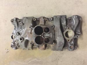SBC Cast iron 4bbl intake manifold