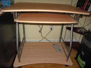 Small desk with keyboard drawer