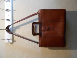 Groovy Vintage Real Leather Briefcase (will fit laptop)