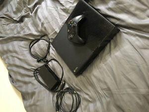 Great Condition 1TB Xbox One