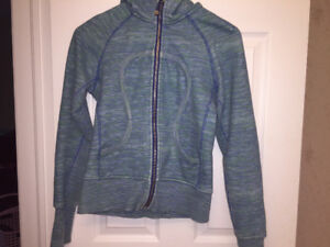 Blue striped Lululemon scuba hoodie sweater size 4