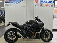 DUCATI DIAVEL CARBON 1200cc COMES WITH BOTH BOOKS AND KEYS