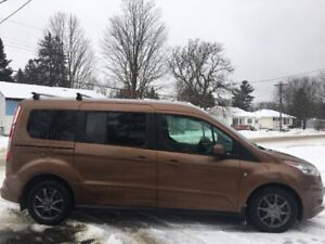 2014 Ford Transit Connect, Titanium - CERTIFIED