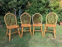Set of 4 lovely kitchen / Dining CHAIRS. NEW PRICE