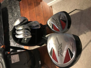 Beginner Golf Set (with extra clubs)