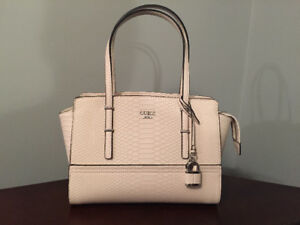Guess Satchel Brand New!!!