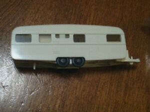 HO scale camper trailer for electric model trains
